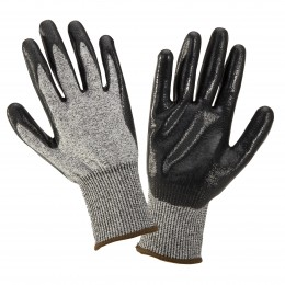 NITRILE-COATED PROTECTIVE GLOVES WITH INCREASED RESISTANCE TO BLADE CUTTING (LEVEL 5)